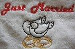 Handdoek Just Married met Ringen en duiven