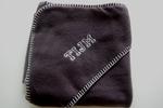 Fleece wikkeldeken antraciet grijs met Naam