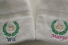 Handdoek met Naam, Leeftijd en Lauwerkrans