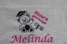 Afstudeerbeer handdoek met naam