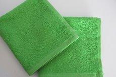 Spuugdoekje met naam groen