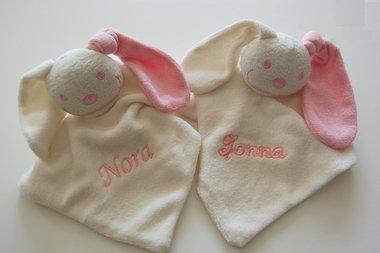 Knuffelpop/tutpop Baby Roze met Naam ***