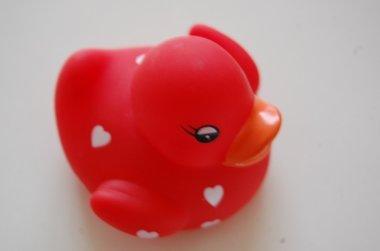 Badeend rood met hartjes