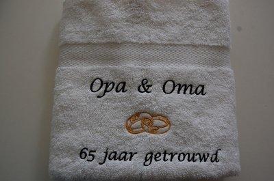Uitzonderlijk Handdoek Opa & Oma jaar getrouwd - BorduurKado.nl Voor elke @MN54