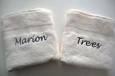 Handdoek met naam ecru