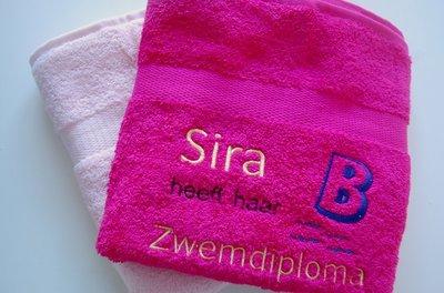 Zwemdiploma B Roze handdoek met Naam